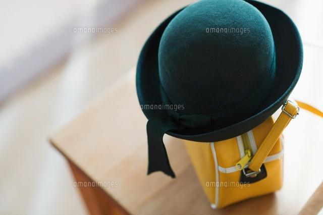 幼稚園帽とカバン (c)macomoco/a.collectionRF