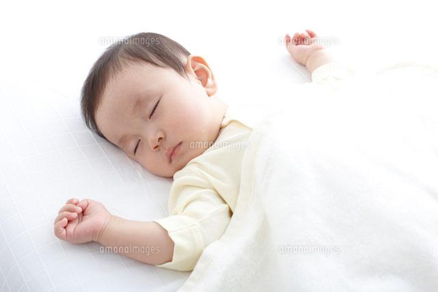 新生児・赤ちゃんがよく寝る!寝過ぎの ...