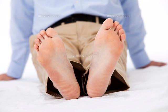 男性の足の裏 (c)moonbase