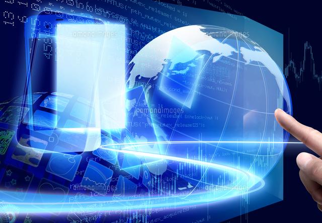 スマートフォンとインターネットのイメージ