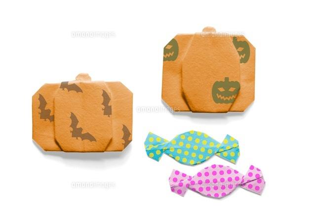 クリスマス 折り紙 折り紙 ハロウィン かぼちゃ : amanaimages.com