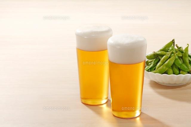 ビールと枝豆 (c)TOHRU MINOWA/a.collectionRF