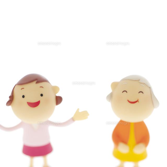 母と娘のクラフト (c)visual supple