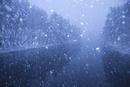 雪降る聖湖