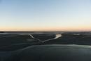 モンサンミッシェル 周りの干潟と暮れる空