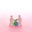 2人の人と地球と葉 クラフト