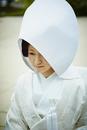 綿帽子を被った白無垢姿の花嫁