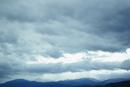 雲と山並み