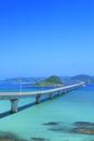 角島と角島大橋に海士ヶ瀬