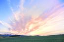 美瑛 丘と夕焼け雲