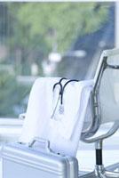 白衣と聴診器とアタッシュケース