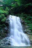 石空川渓谷の滝