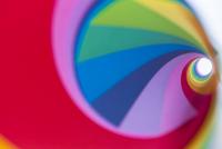 カラフルな色紙 07800040929| 写真素材・ストックフォト・画像・イラスト素材|アマナイメージズ
