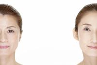 中高年女性2名の美容イメージ