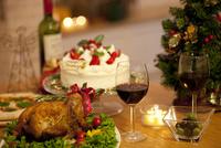 テーブルの上のクリスマス料理