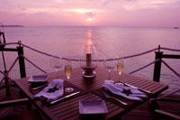 夕日を眺めながらディナー