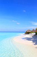モルディブの海と青空のリゾート