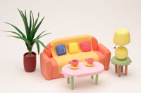 オレンジのソファー