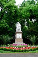 シューベルトの像