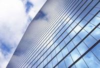 高層ビルの窓