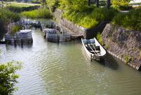 琵琶湖の船着き場 10131018254| 写真素材・ストックフォト・画像・イラスト素材|アマナイメージズ