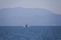 琵琶湖と客船