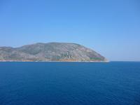 客船デッキから見たエーゲ海の島