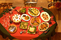 クリスマスパーティのテーブルセッティング 10132002622| 写真素材・ストックフォト・画像・イラスト素材|アマナイメージズ