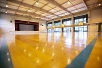 学校の体育館 10132010128| 写真素材・ストックフォト・画像・イラスト素材|アマナイメージズ