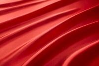 波打った赤色の布