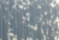 壁と影 10137006573| 写真素材・ストックフォト・画像・イラスト素材|アマナイメージズ