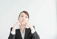 就職活動中の日本人女性