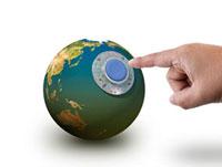 地球の再生スイッチを押す手