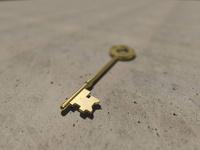 置かれた古いキー 10143004408| 写真素材・ストックフォト・画像・イラスト素材|アマナイメージズ