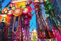湘南ひらつか七夕まつり 10146004305| 写真素材・ストックフォト・画像・イラスト素材|アマナイメージズ