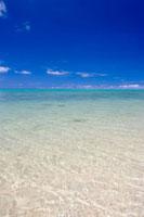 海 10158001202| 写真素材・ストックフォト・画像・イラスト素材|アマナイメージズ