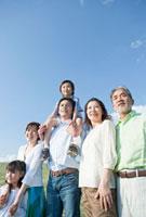 三世代家族のポートレート
