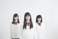 笑顔の高校生3人