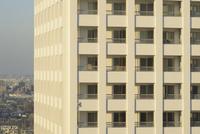 綺麗な高層住宅の窓