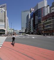 JR新宿駅南口方向の眺め