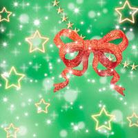キラキラした星とクリスマスオーナメント