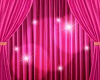 ピンクの緞帳に当てられたライト