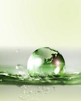 水と地球 10169001842| 写真素材・ストックフォト・画像・イラスト素材|アマナイメージズ
