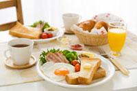 朝食イメージ 10170000166| 写真素材・ストックフォト・画像・イラスト素材|アマナイメージズ