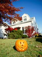ハロウィンのかぼちゃと家
