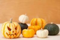 ハロウィンかぼちゃ(ジャック・オ・ランタン) 10175001713| 写真素材・ストックフォト・画像・イラスト素材|アマナイメージズ
