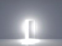 光が差し込むドア 10185000916| 写真素材・ストックフォト・画像・イラスト素材|アマナイメージズ