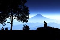 富士山と猿 10185001960| 写真素材・ストックフォト・画像・イラスト素材|アマナイメージズ