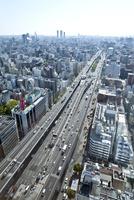 本町ビル群と大阪市街(大阪ベイエリア方面)