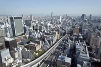 本町ビル群と大阪市街(ナンバ・天王寺方面)